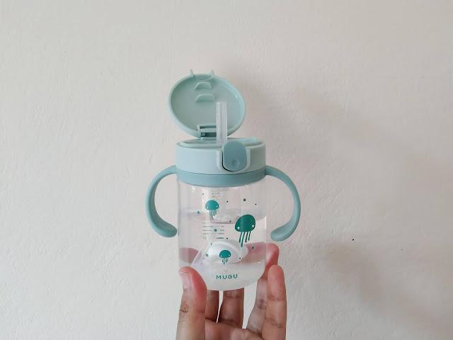 botol minum anak mugu ukuran 220 ml berbahan foodgrade yang aman