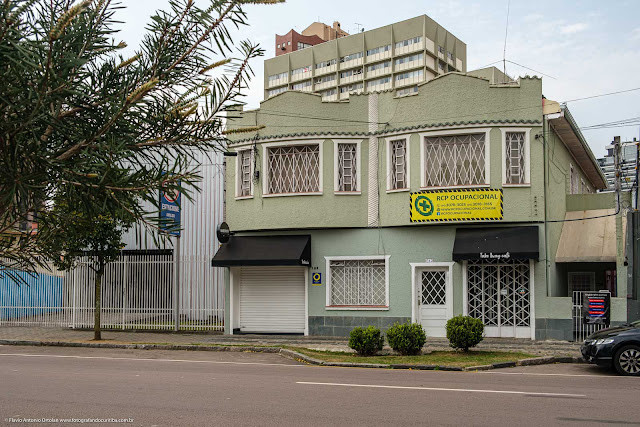 Sobrado na Rua Mateus Leme, Curitiba
