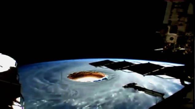 Thuyết Trái Đất rỗng: có hay không một thế giới khác với nền văn minh trong lòng đất?