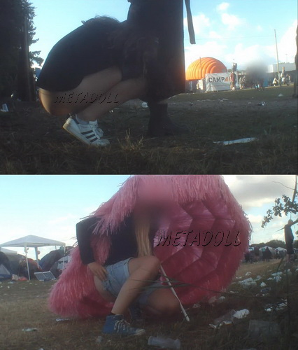 Rock Festival Piss 2015_152 (Outdoor Peeing Voyeur)