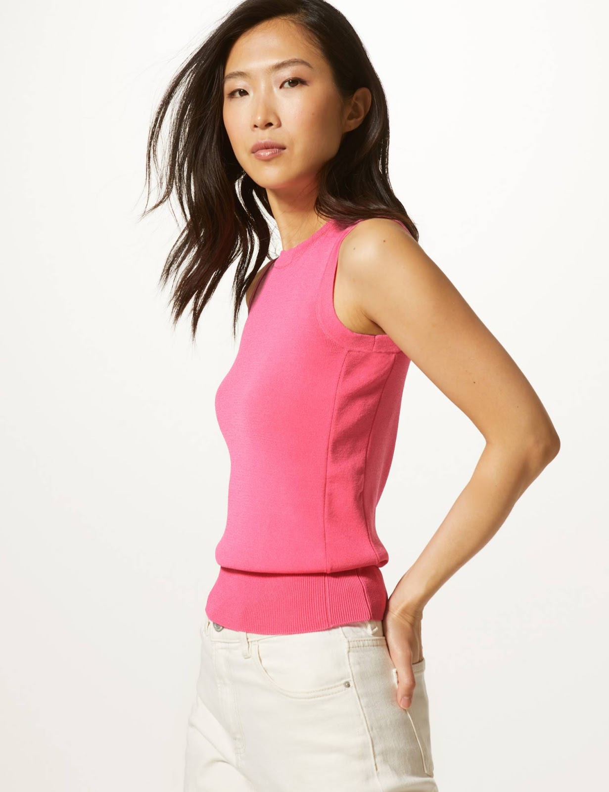 marks and Spencer round neck sleeveless knitted top