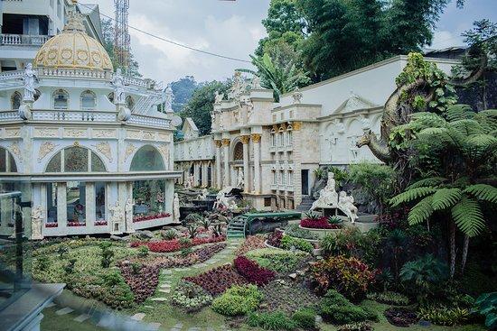 HOTEL GRAND PARADISE LEMBANG BANDUNG