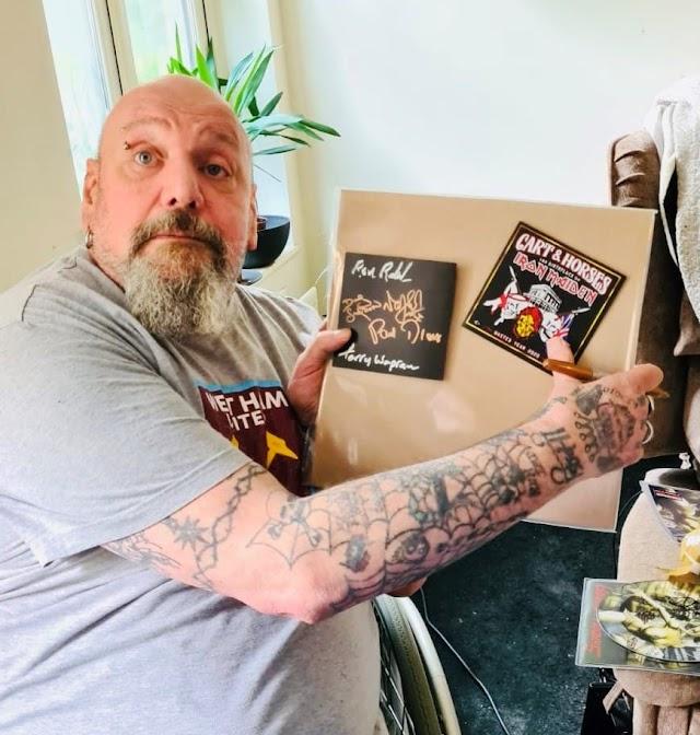 Paul Di'Anno: foto mostra o real estado de saúde do ex-vocalista do Iron Maiden