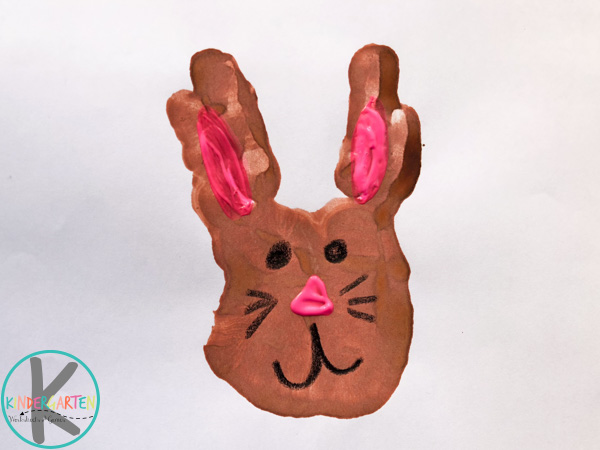 R-is-for-rabbit-handprint-craft-for-kids