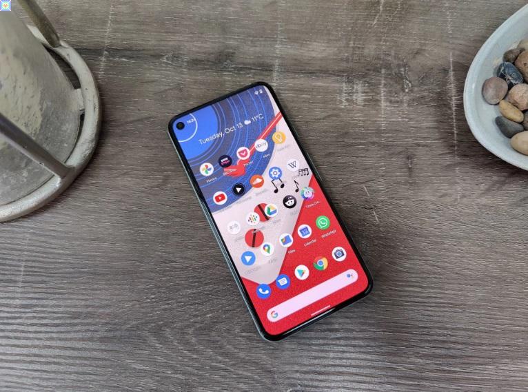 يقال إن هاتف Pixel 5 من Google يعاني من مشكلات في جودة البناء