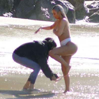 Kim Kardashian : The Reality star goes Nude for the umpteenth time