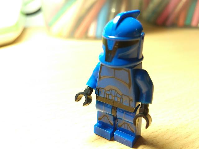 Минифигурка лего солдат клон Звездные войны купить