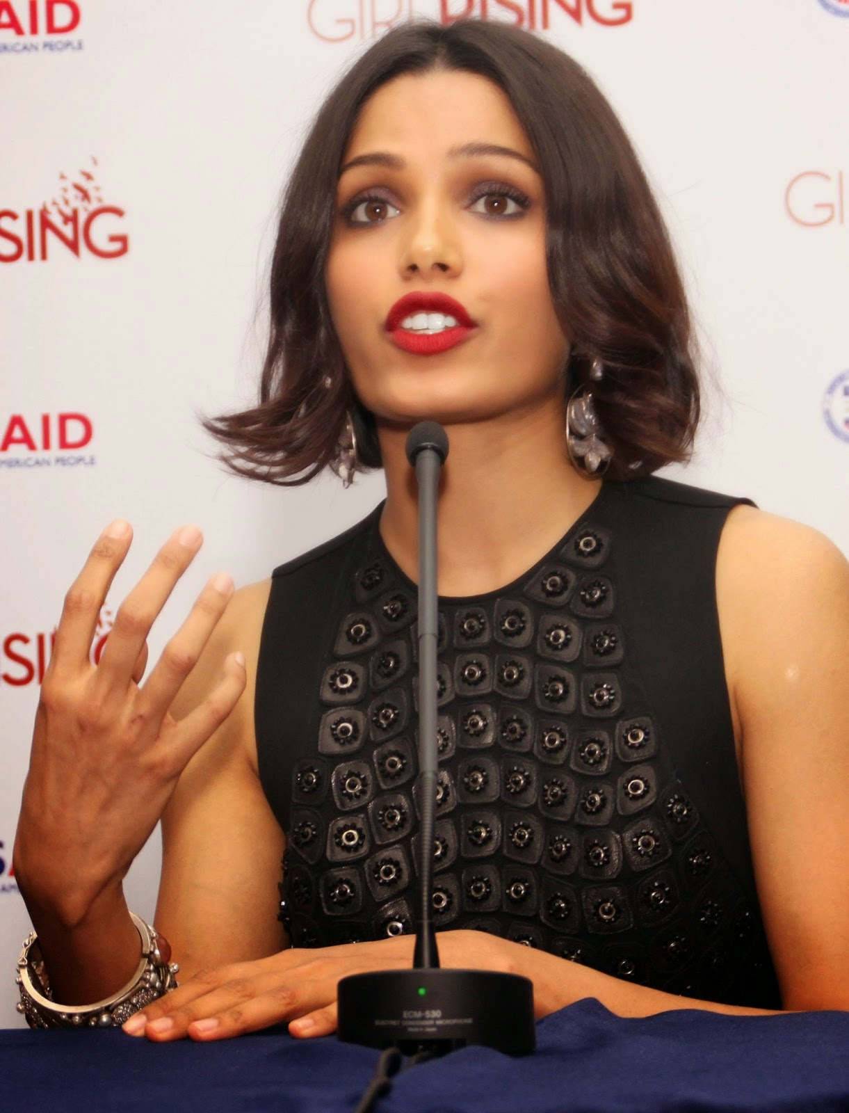 Cleavage Freida Pinto nudes (86 foto and video), Tits, Leaked, Twitter, braless 2018