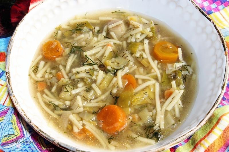 Zupa porowa z makaronem
