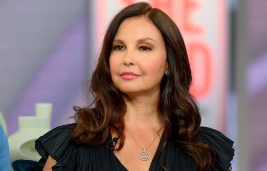 Actriz Ashley Judd sufre grave accidente; su rescate tomó 55 horas
