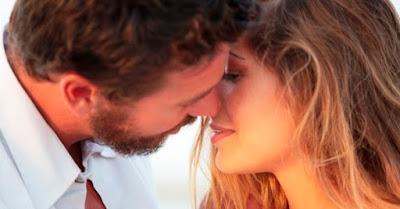 Beijo com Atitude