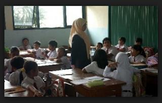 24 jam Tatap Muka Tidak Lagi Jadi Persyaratan Tunjangan Profesi Guru dan Kekurangan Jam Tatap Muka Guru Bisa Dikonversi dengan Kegiatan Lain Berdasarkan Pasal 15 PP Nomor 19 tahun 2017