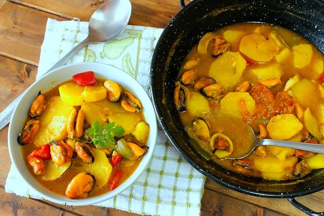 Patatas guisadas con mejillones. Julia y sus recetas