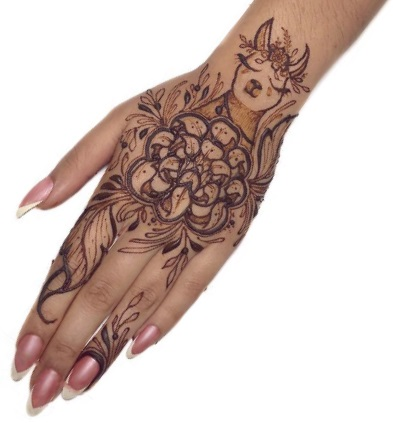 Unique Mehndi Design for Back hand