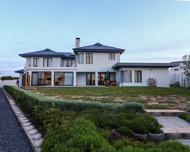 Kitchen Design Layout: Get 4 Bedroom Homes For Rent Near ...