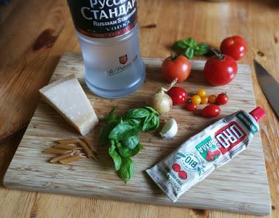 Zutaten Penne alla Vodka - Pasta mit Tomaten-Wodka-Sauce