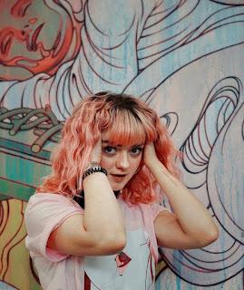 Maisie Williams Photos
