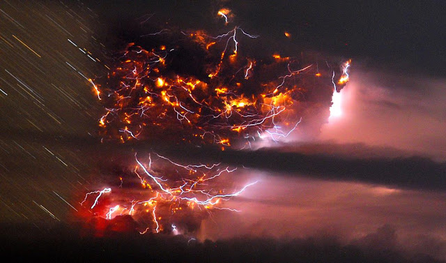 Volcanic lightning is seen over the Puyehue
