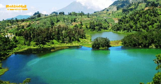 Telaga warna Dieng - 10 Tempat Wisata di Dieng Paling Terkenal