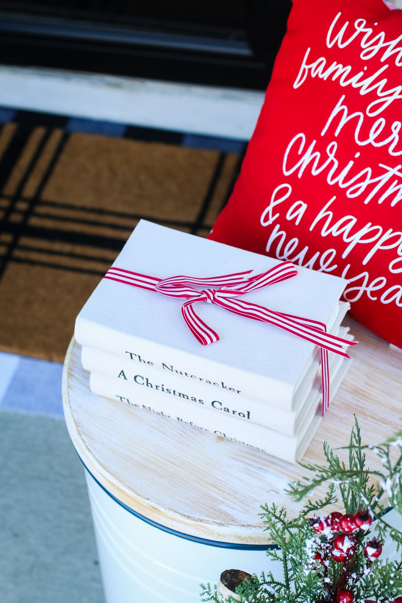 6 Fun and Simple Ideas for Your Christmas Front Porch