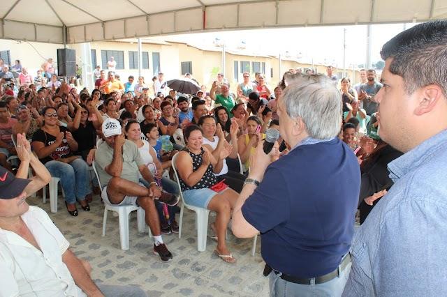 Prefeitura de Salgueiro faz entrega da pavimentação da Avenida Espanha, no bairro Novo Horizonte