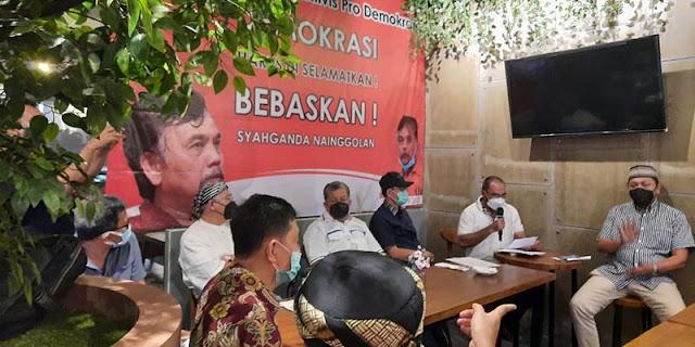 Minta Syahganda Dkk Dilepaskan, Rocky Gerung: Penghalau Demokrasi Yang Harus Disingkirkan!