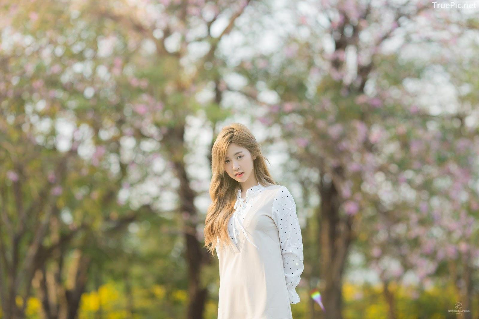 Thailand cute model Nilawan Iamchuasawad - Beautiful girl in the flower field - Photo by จิตรทิวัส จั่นระยับ - Picture 3