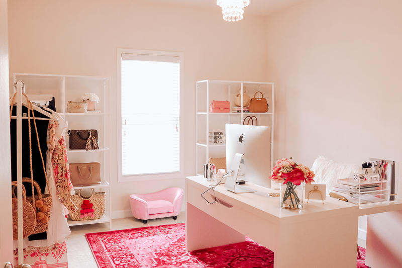 blogger office space