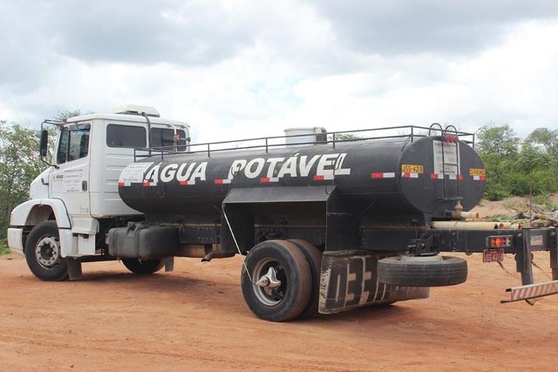 """Guajeru: Credenciamento de pipeiros para operação """"Água Potável"""" será feito dia 07/05"""