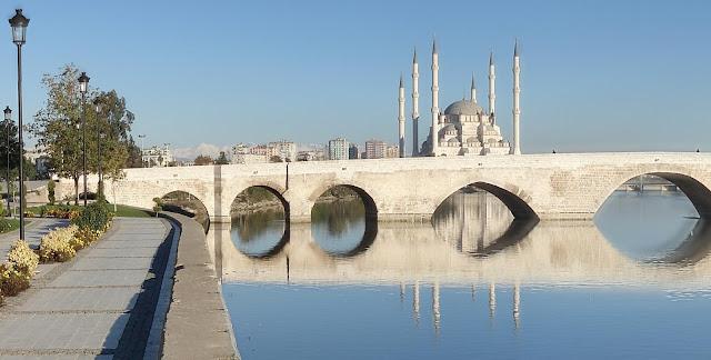 Taş Köprü, Adana