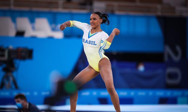 Rebeca Andrade dá show em Tóquio e se classifica para três finais
