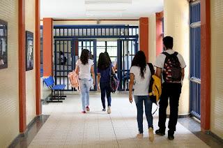 MEC determina volta as aulas presenciais a partir de janeiro