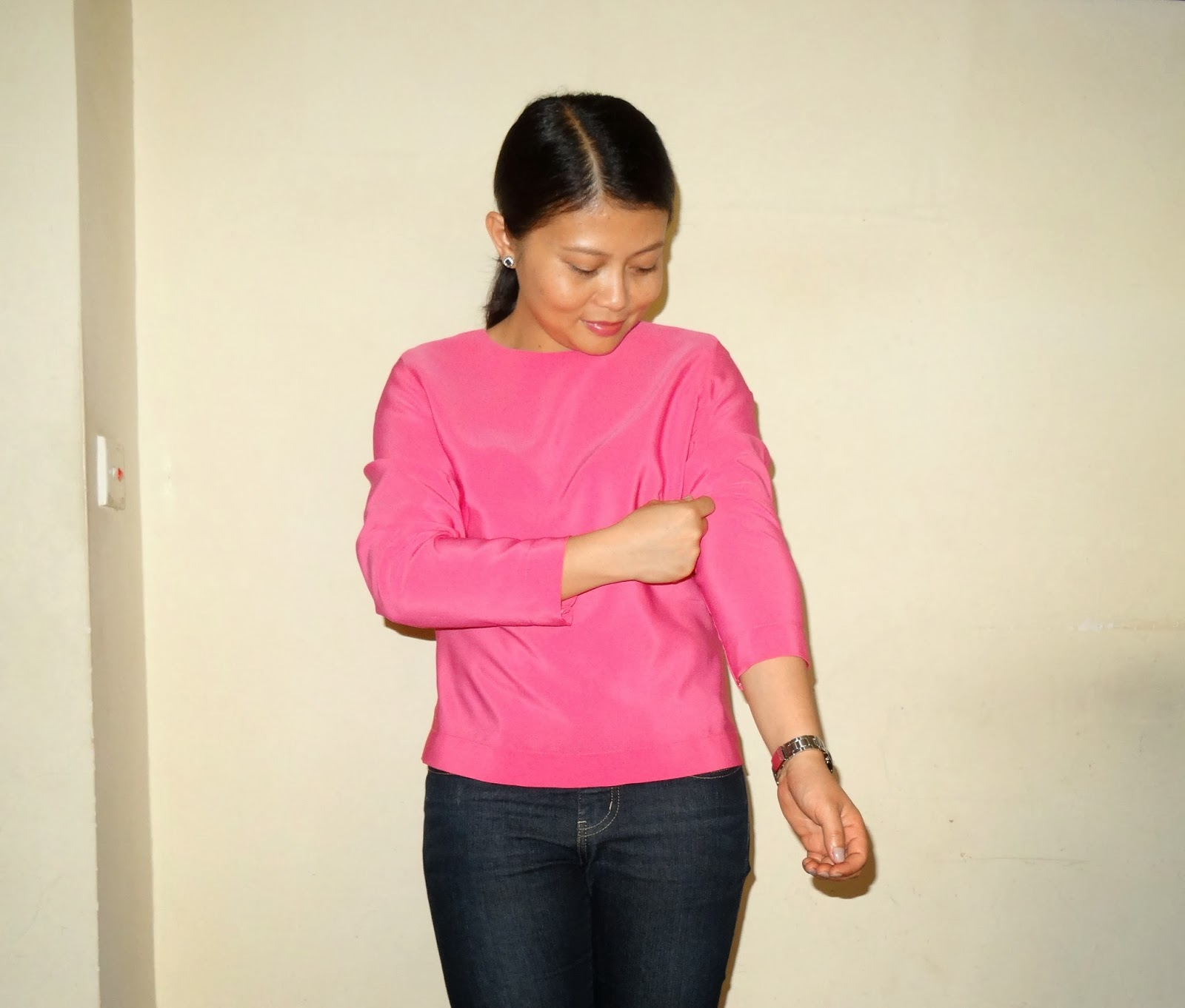 http://velvetribbonsew.blogspot.com/2014/02/finished-february-garment-pink-blouse.html
