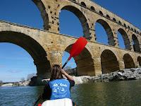 canoe pont du gard remoulins