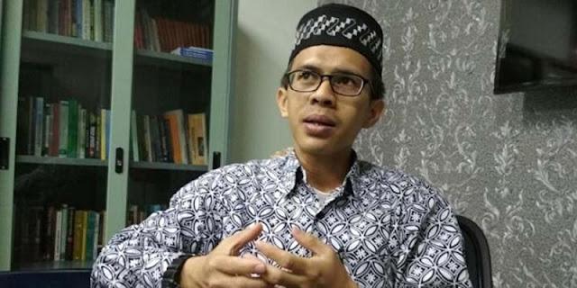 Pernyataan Ahmad Sahroni Soal Taliban, Ujang Komaruddin: Saya Tidak Tahu Apakah Mengarah ke JK?