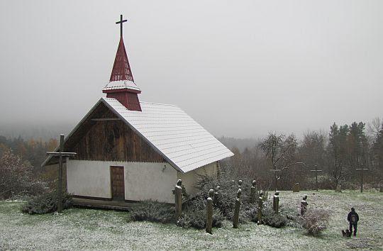 Kaplica Męczeństwa w Dolinie Krzyży.