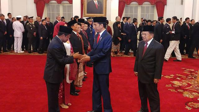 Reshuffle Kabinet Hanya Konsolidasi Politik Jokowi Untuk Pilpres 2019
