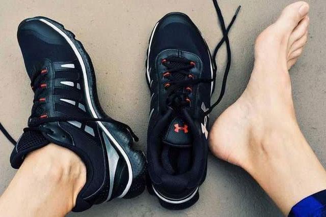 طرق علاج رائحة الاقدام و الحذاء الكريهة