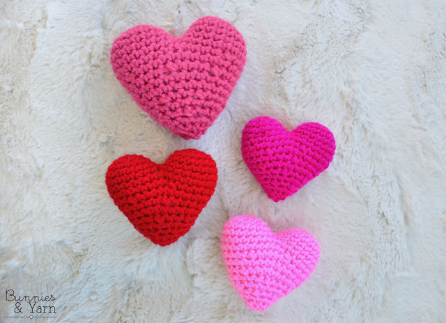 Crocheted Amigurumi-Style Hearts : 3 Steps - Instructables | 464x640