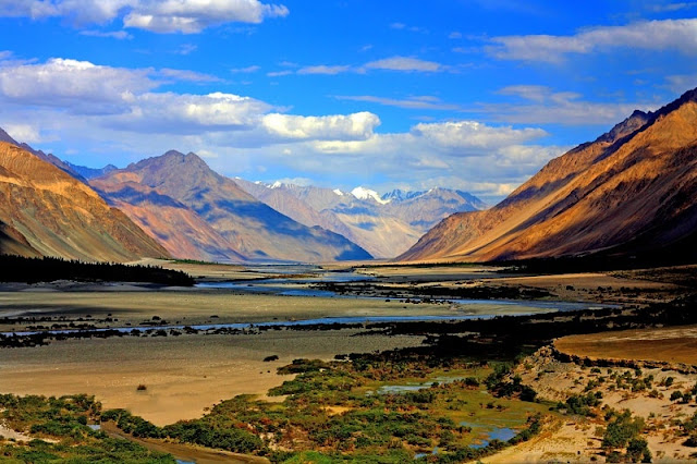 Zanskar Valley, Best Places to visit in Ladakh