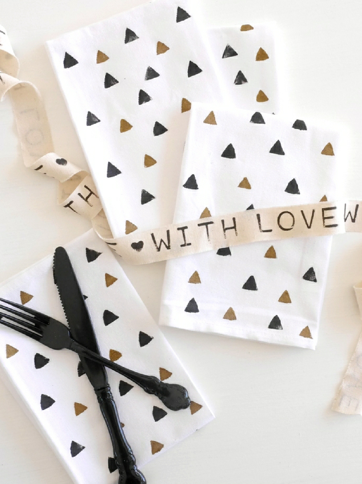 DIY Geometric Stamped Napkins