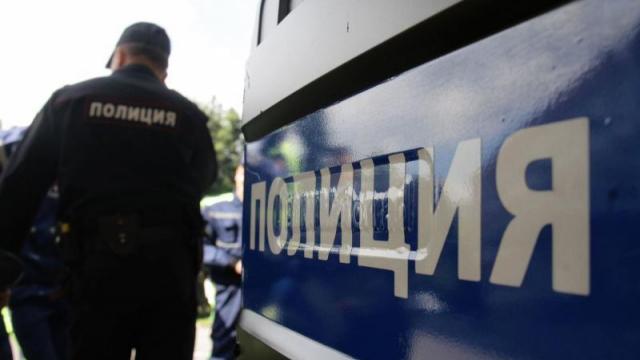 Във Варна задържаха българка и англичанин издирвани от Европол