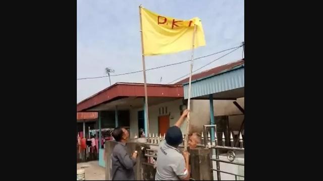 Pengibar Bendera PKI di HUT RI