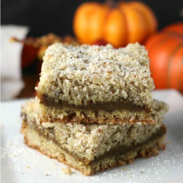Pumpkin Spice Crumb Bars