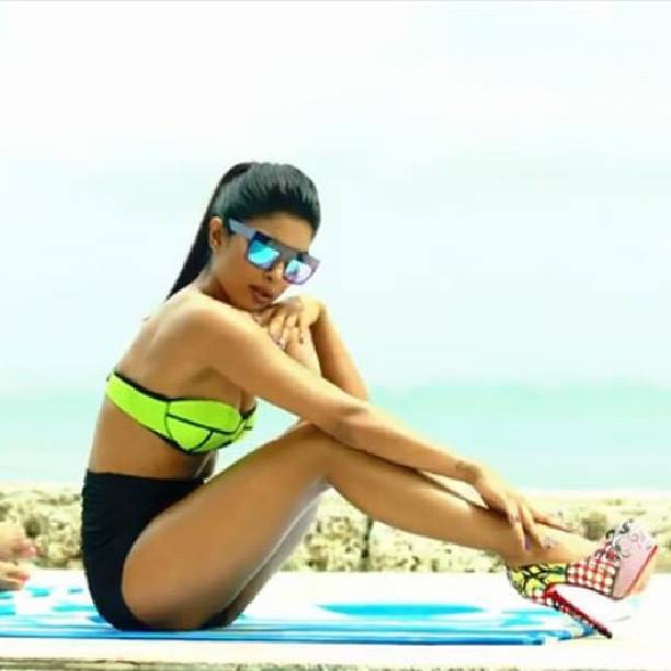 Priyanka Chopra in high heels, Priyanka Chopra feet photos, Priyanka Chopra thunder thighs, Priyanka Chopra thighs pics, Priyanka Chopra in bikini, Priyanka Chopra music video stills, Priyanka Chopra swimming pool pics