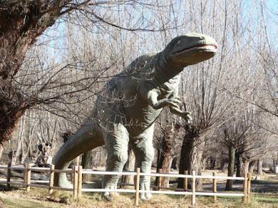 Parque Jurásico Beceite Beseit dinosaurio 1