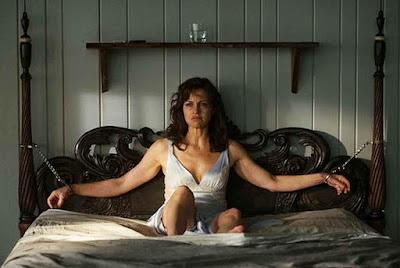 Jessie Burlingame (El juego de Gerald) ataca a su cama