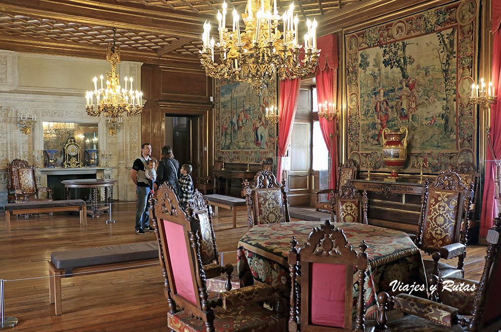 Interior del palacio de Pau, Francia