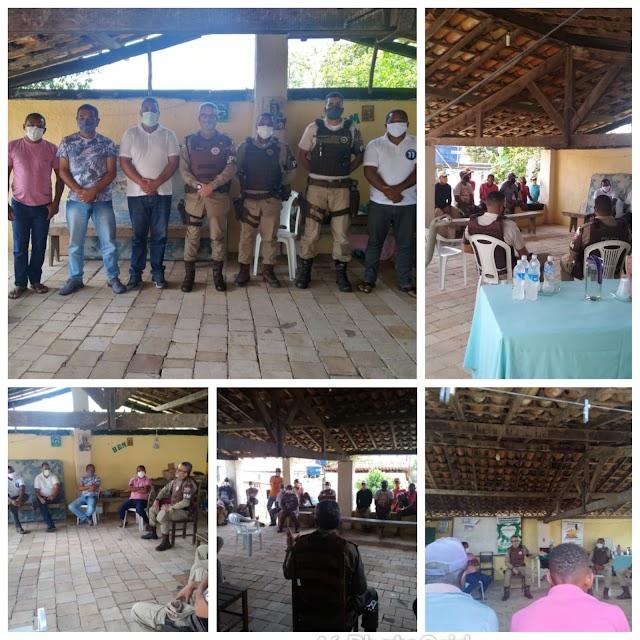 Comando do Quarto Batalhão reúne-se com moradores do Povoado Olhos D'água
