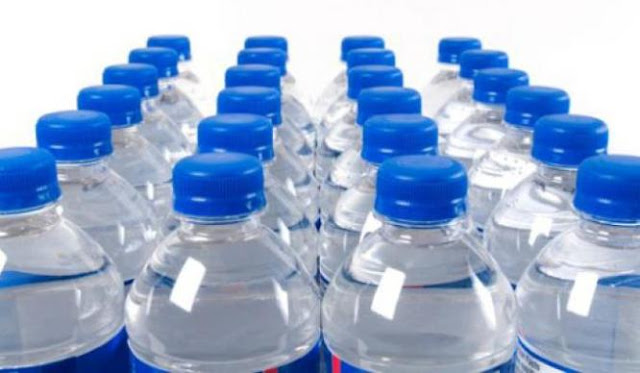 BACA!! Ini Bahaya Konsumsi Sisa Air Minum Dalam Kemasan Setelah 24 Jam